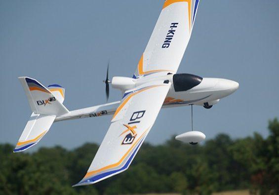 Aprende a construir y a volar aviones en nuestro curso de aeromodelismo.