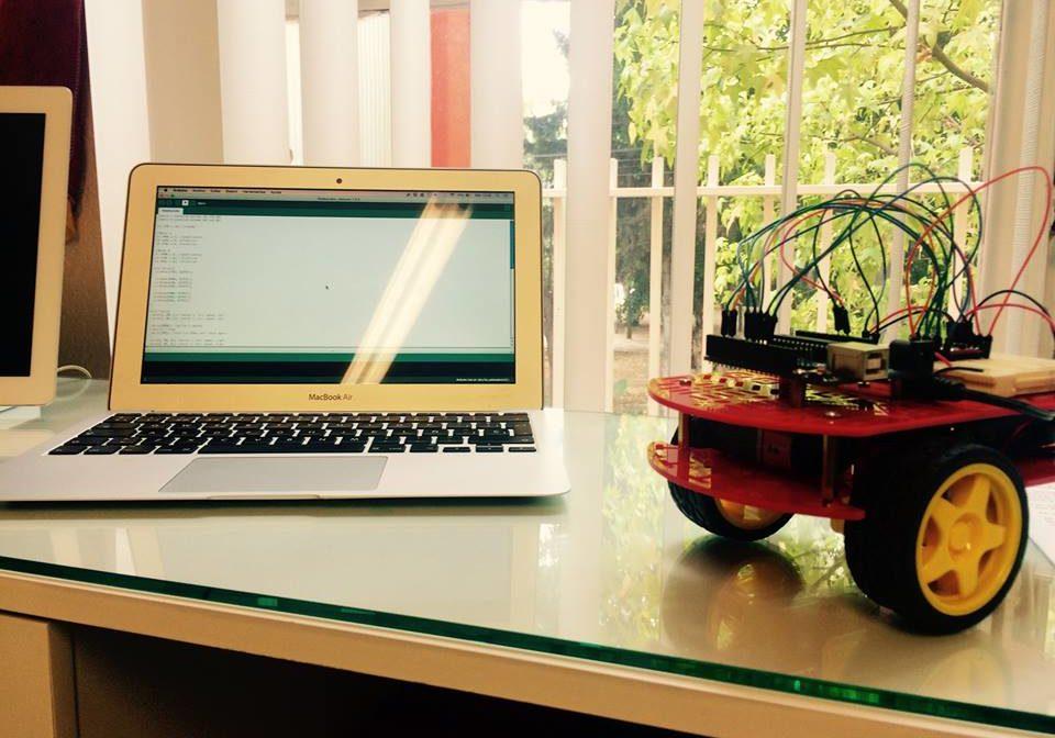 Taller de robótica educativa para niños y Jóvenes con arduino